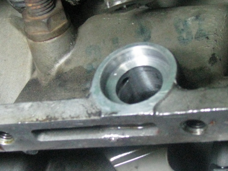 A4LD Shifter Lever Shaft Bore.jpg