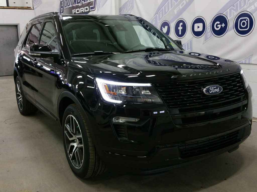 automobiles-new-2018-ford-explorer-sport-1534099-right-front-corner-photo-Image.jpg