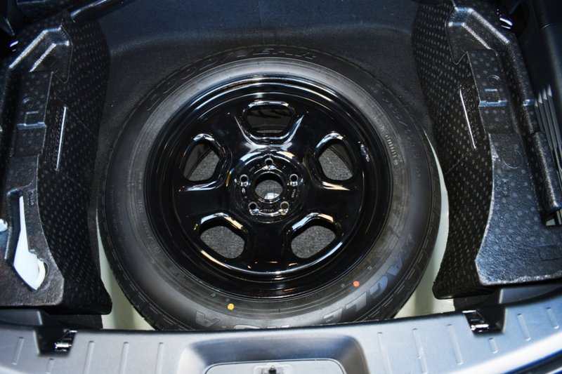Full-Size Spare Trim Modification Pic3.JPG