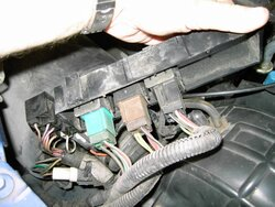 1991 XLT Fuel Pump Relay Location Please      Ford    Explorer and    Ford    Ranger Forums  Serious