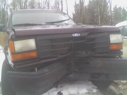 '94' explorer front center damage.JPG