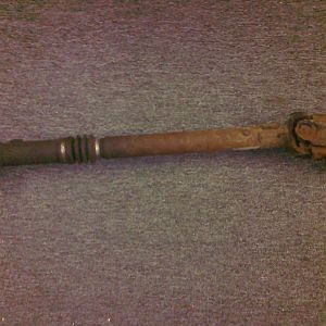 Front drive shaft from 96 v8 AWD Explorer