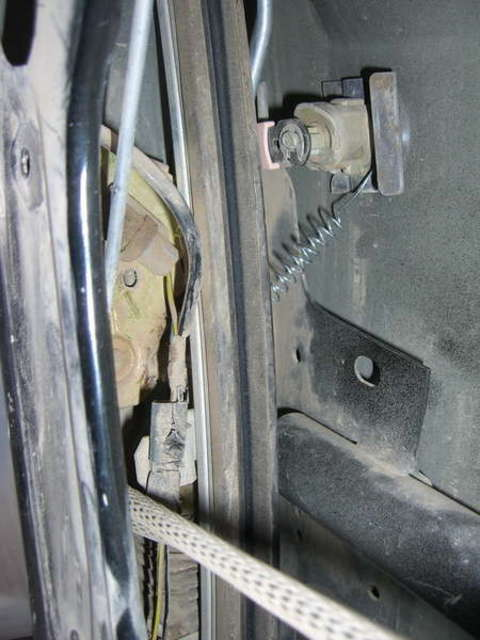 door latch problem solved temporarily maybe ford explorer and rh explorerforum com