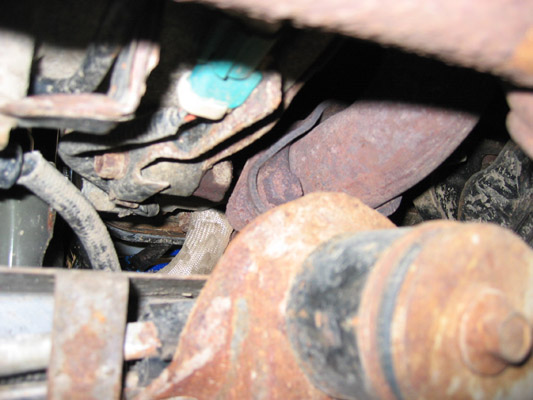 1342204_Driver_s_Side_downpipe_bolts.jpg
