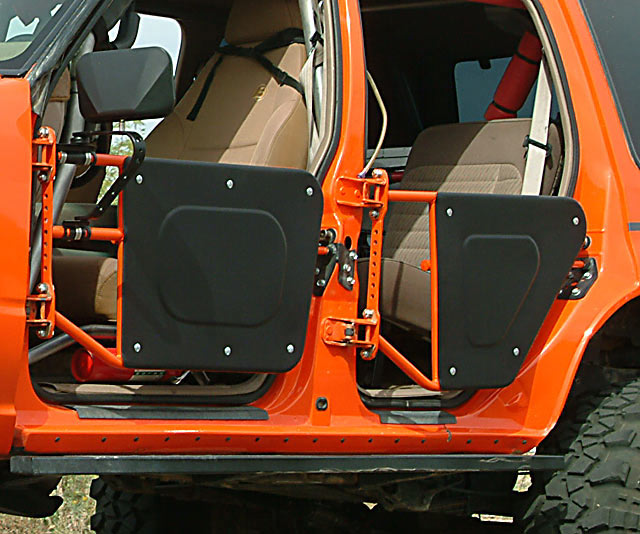 has anyone made quick removal doors like jeep wranglers ford explorer and ford ranger forums. Black Bedroom Furniture Sets. Home Design Ideas
